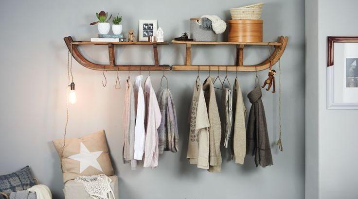 aus zwei alten schlitten l sst sich eine prima garderobe bauen garderobe pinterest sled. Black Bedroom Furniture Sets. Home Design Ideas