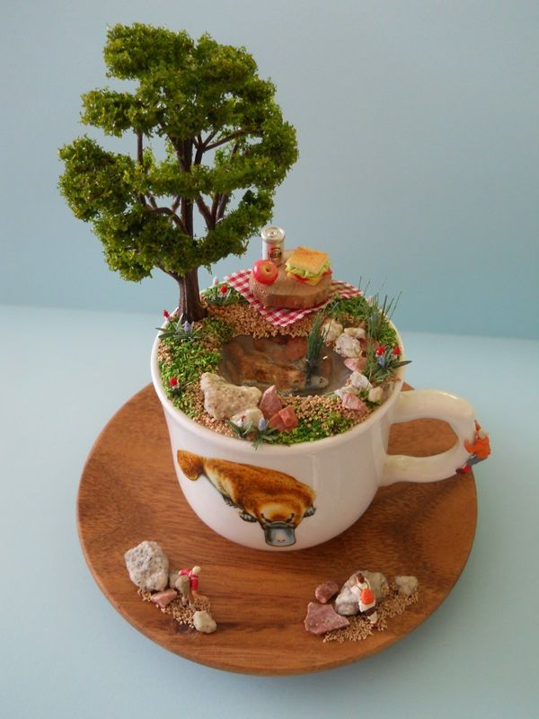 'PLaTyPuS PiCNiC' TEaCuP Diorama ____byLoveHarriet @ Www