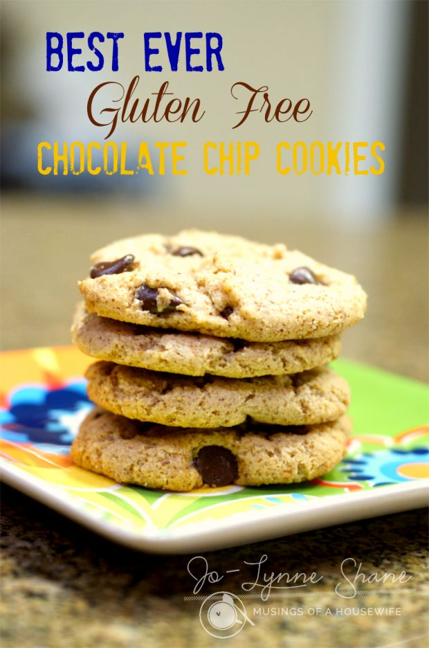 These chocolate chip cookies are THE BEST flourless, gluten-free cookie I've ever had. Only 6 ingredients.