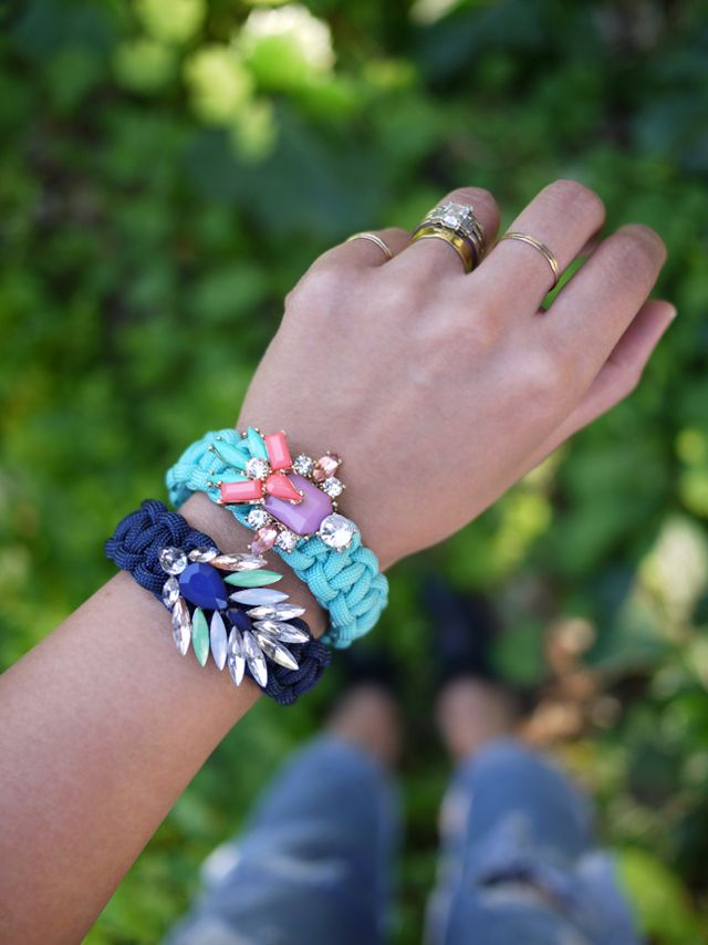 DIY: jeweled paracord bracelet