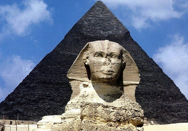 The Sphinx and Great Pyramid at Giza in Egypt - one of the Seven Wonders of the World