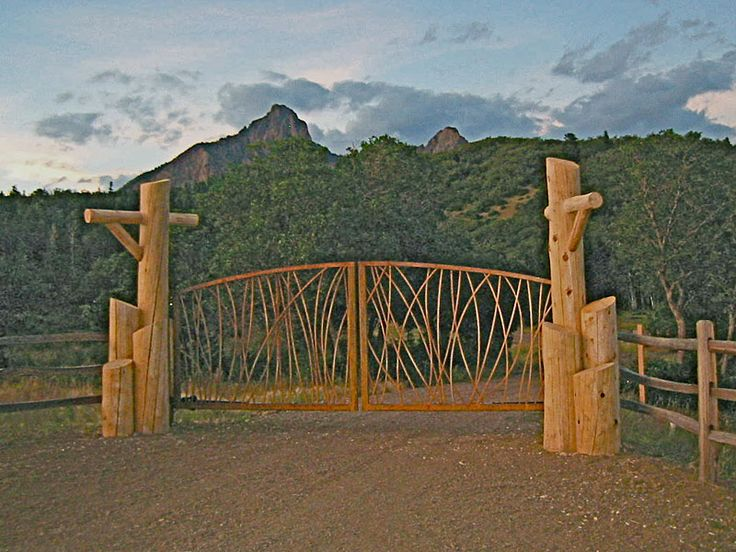 17 best images about entry gates on pinterest show for Rustic home albuquerque