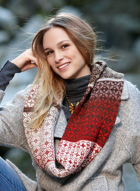 Ravelry: # 28 Jessy pattern by Anna Maria Busch