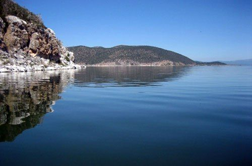 Lago di Prespa. Prefettura di Korça, Albania