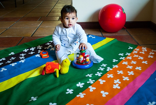MANTAS PARA PICNIC Precio: 26.500 pesos chilenos http://www.mukitienda.cl/products-page/accesorios-bebes/mantas-para-pic-nic/