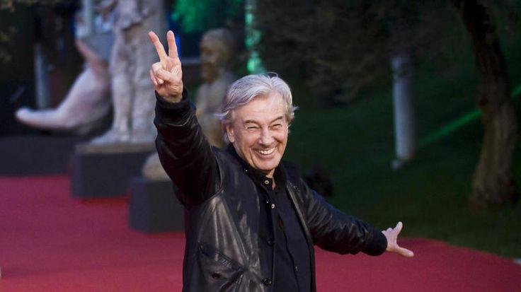 Ο ολλανδός σκηνοθέτης Πολ Βερχόφεν  θα είναι ο πρόεδρος της κριτικής επιτροπής του 67ου Φεστιβάλ Βερολίνου.