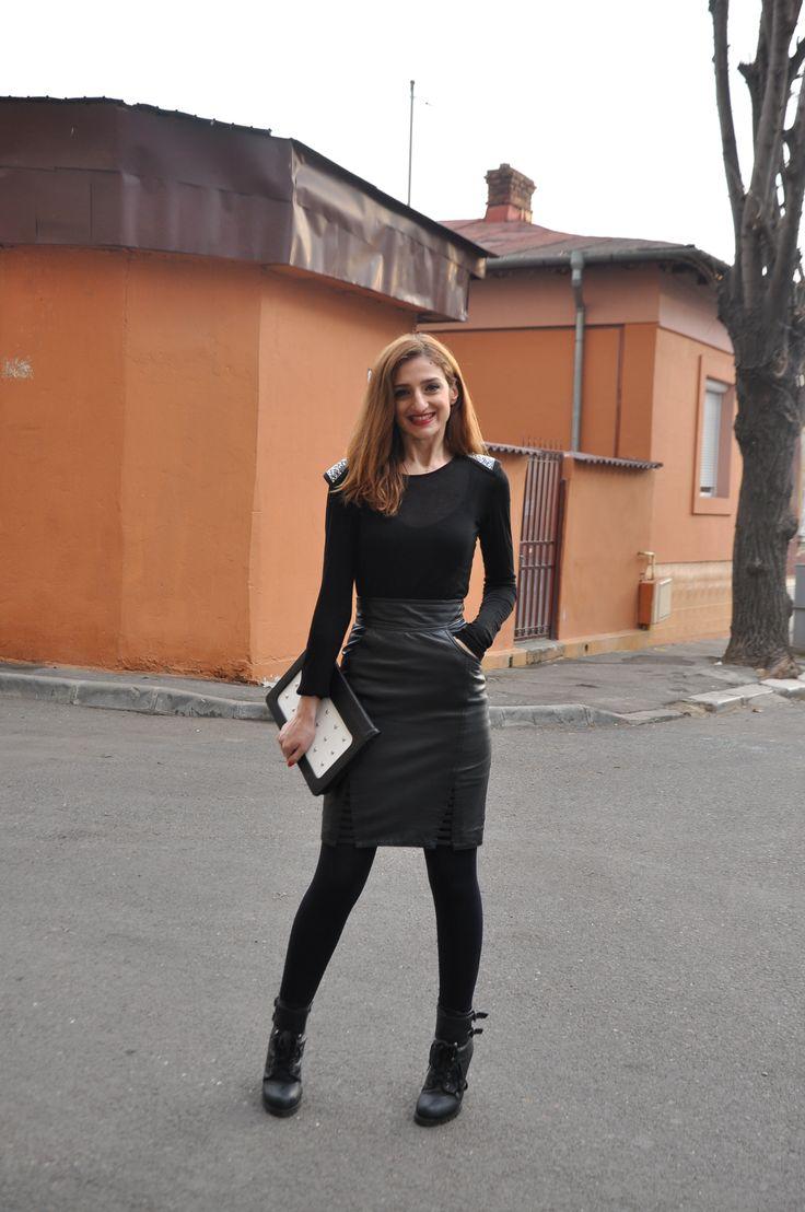 I've chosen my vintage leather skirt with the lovely Moon bag from Dana Rogoz.