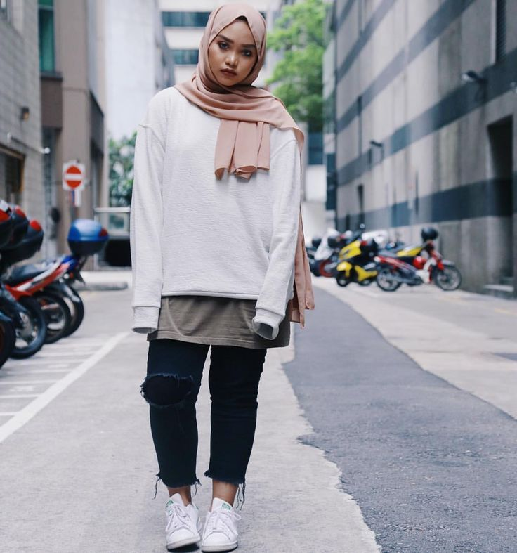 Style hijab inspiration- photo by @nbhhajones on Instagram