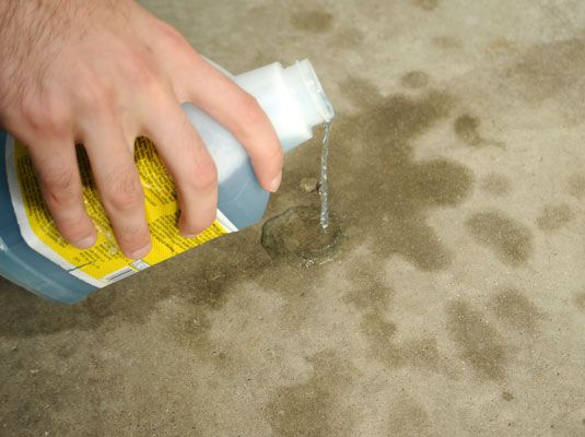 How to Clean Concrete - For Dummies. Cleaning concrete is easy and inexpensive. If you know how to clean concrete, you can restore an unsightly driveway in no time. Cars don't have to be very old before they start leaving oil and grease stains on the garage floor and driveway. This method will remove most stains.