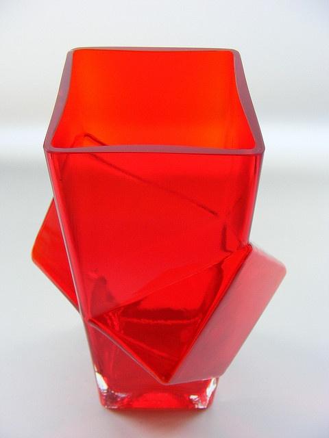 """Riihimaki """"Pablo"""" red cased glass vase"""
