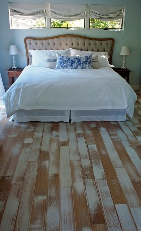 10 best reclaimed hardwood images on pinterest solid for Unusual floor coverings