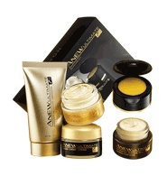AVON - ANEW ULTIMATE 7S Skincare 2 Week Kit