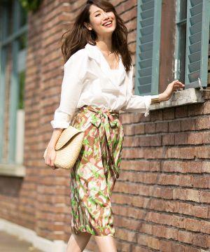 じわじわきてる、スキッパーシャツはもはや定番♡30代アラサー女性のスキッパーシャツのコーデ♡