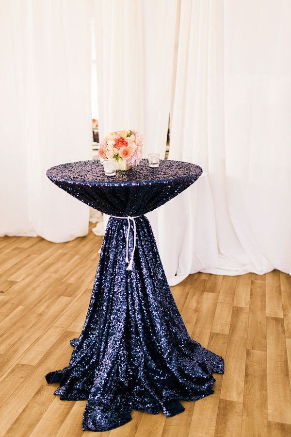 how to use a rectangle tablecloth for clothing