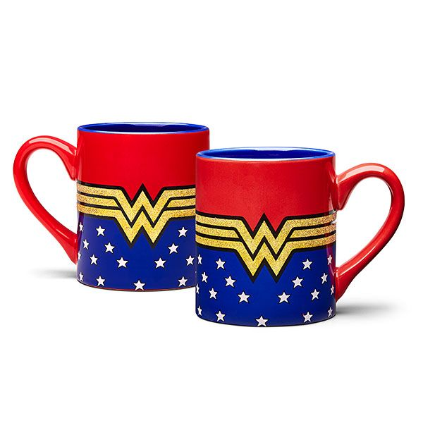 This 14 oz. Wonder Woman Glitter Mug is perfect to use in your invisible jet's cup holders. Between sips of your favorite beverage, fight injustice while showing off the mug's sparkly WW Lasso of Truth decoration.