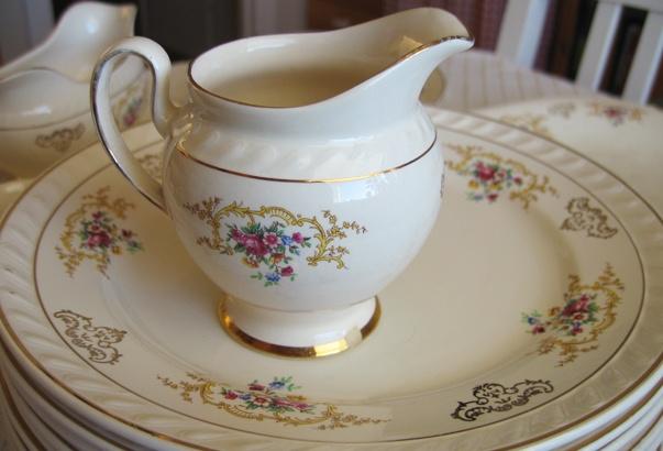 Beautiful vintage tableware set from Stavanger Flint