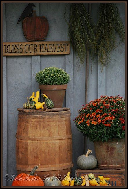 39 Best Images About Primitive Fall Porch Outdoor Displays