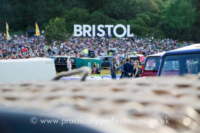 How to have the best day at Bristol Balloon Fiesta with tongue in cheek tips on how to wangle an invitation so you can live it up and enjoy the posh queue-free loos in the Members Area! Launch preparations at Bristol Balloon Fiesta 2016