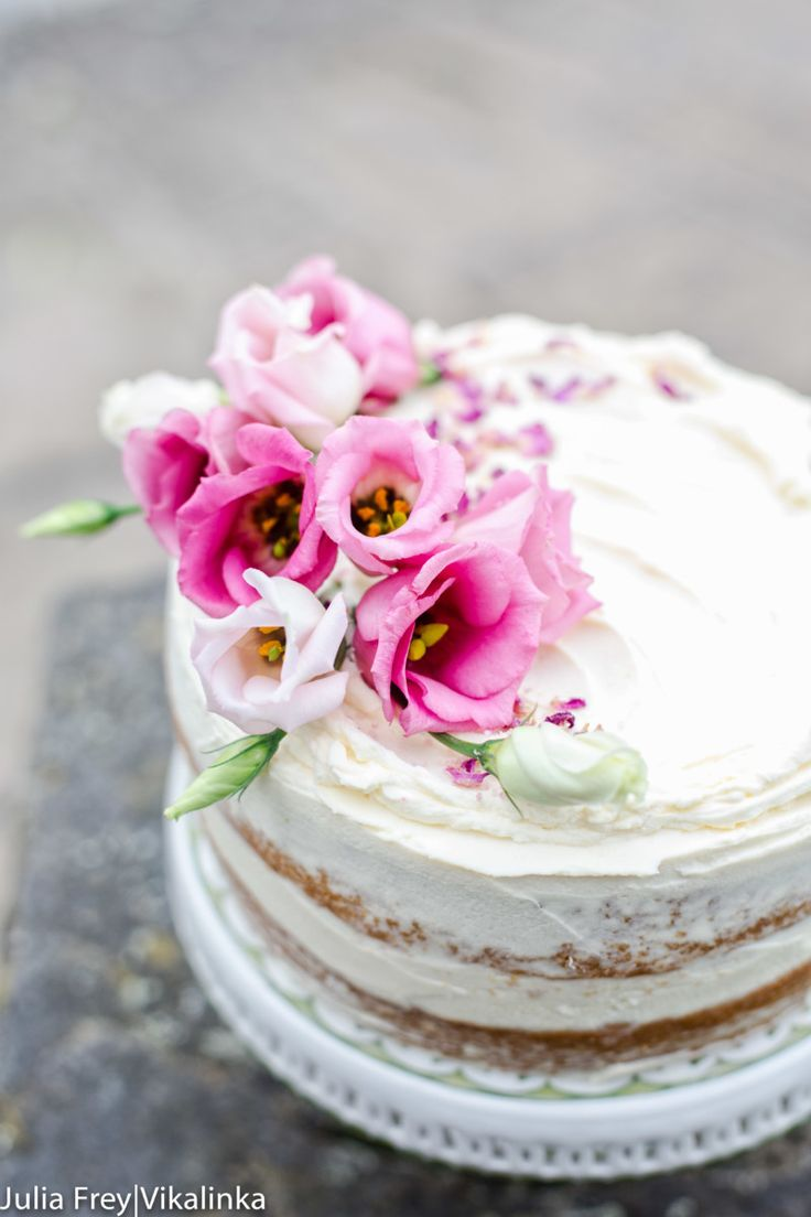 Banana Cake With Pink Frosting