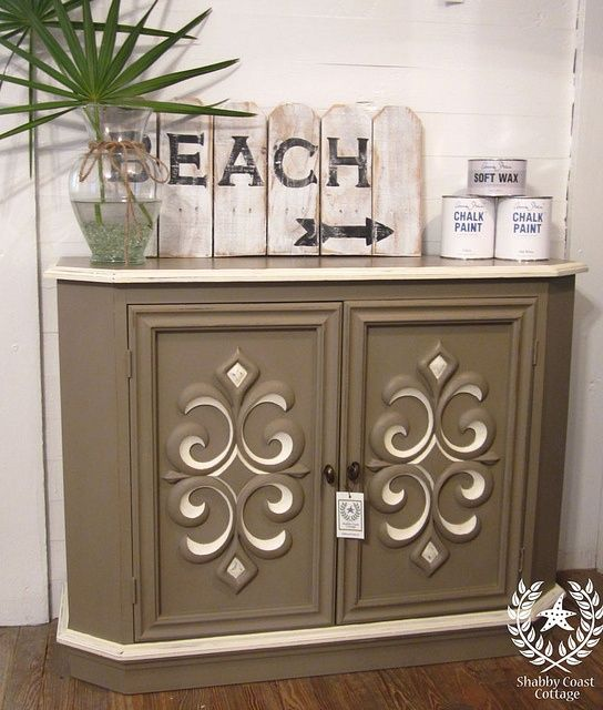 Console cabinet in Coco and Old White……I love Annie sloan