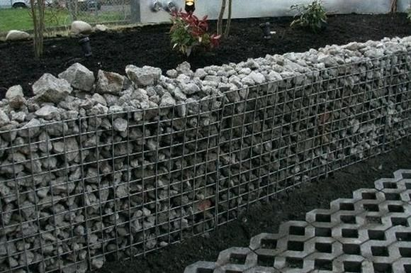 Inexpensive Retaining Wall Ideas Terrace And Steps Recycled