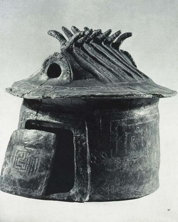 Hut urn, villa Giulia, model of house from Chiusi