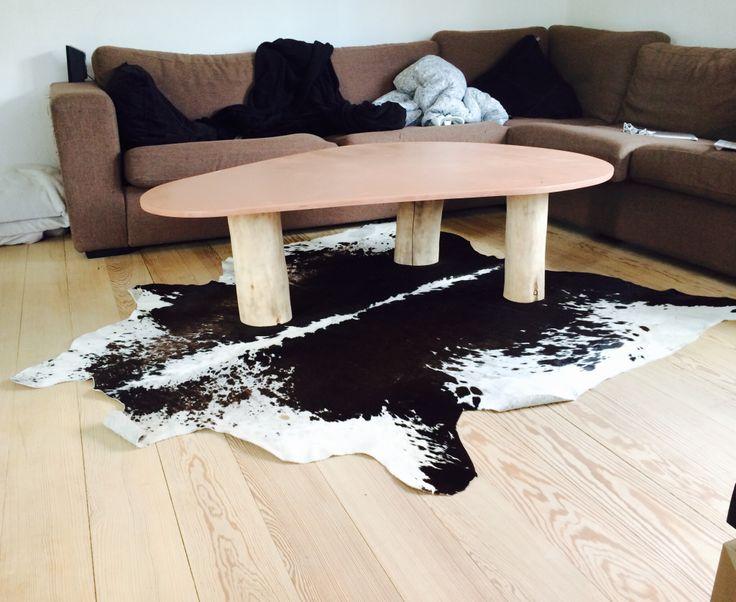 Mit nye sofa bord, med ko tæppe