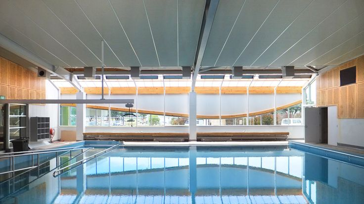 Hydrotherapy Pool at the Wellington Regional Aquatic Centre.  Designed by Architecture HDT New Zealand.  http://architecturehdt.co.nz/pools/