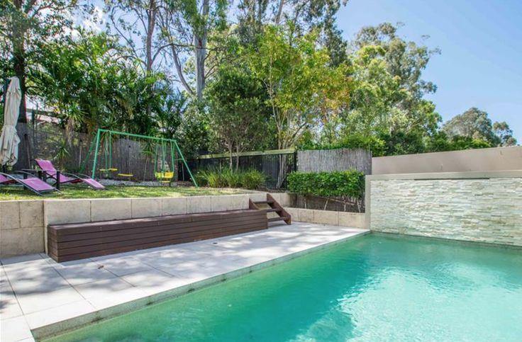 4 BED, 3 BATH, 2 CAR | $900 per week | 5014A Riverwood Grove, Benowa QLD