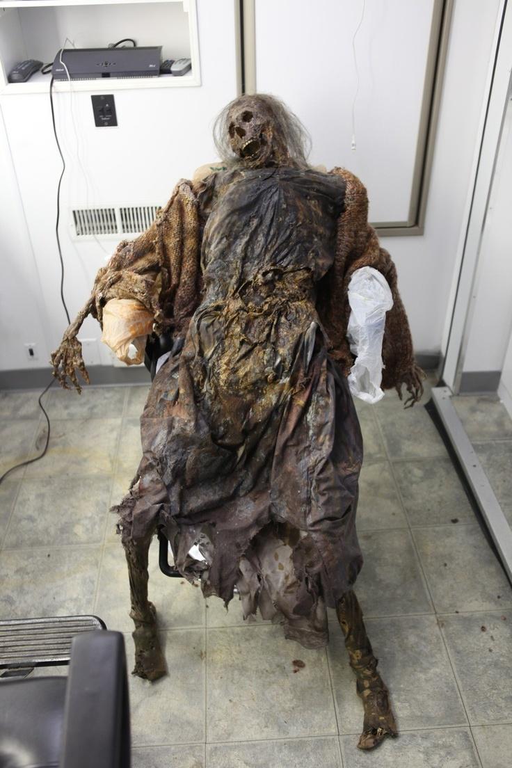 mummy prop replicas  Mummy Gladys  Dapper Cadaver Props  Halloween CraftsProps DIY  Creepy