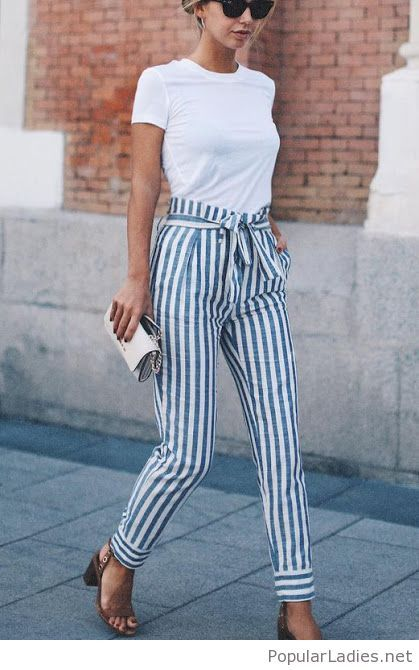 fashion-printed-pants-with-a-simple-white-tee