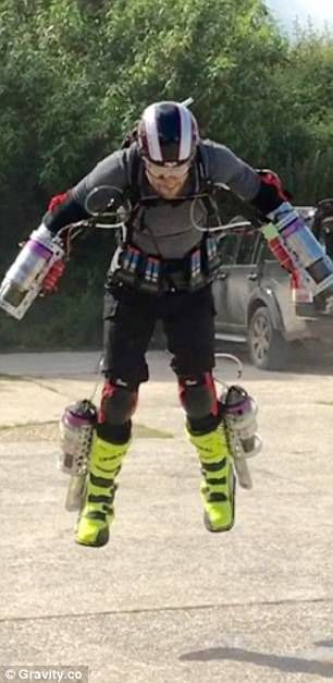 Take off for British Iron Man! Inventor makes his own jet-propelled flight suit which 'can carry him at several hundred miles per hour'  Read more: http://www.dailymail.co.uk/news/article-4367376/British-inventor-builds-working-Iron-Man-flight-suit.html#ixzz4d6UWpBxp Follow us: @MailOnline on Twitter   DailyMail on Facebook