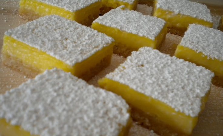 Δροσερό γλυκό ψυγείου με άρωμα λεμονιού
