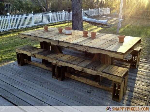 107 Used Pallet Projects and Ideas - Snappy Pixels