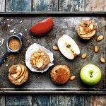 La cocinera y creadora del blog Mundodedulcinea, Claudia Varleta, recomienda comer estos quequitos aún tibios.