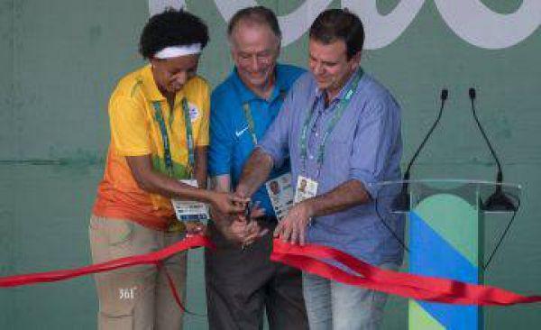 Abre la Villa Olímpica de Río 2016. Visite nuestra página y sea parte de nuestra conversación: http://www.namnewsnetwork.org/v3/spanish/index.php  #nnn #bernama #brasil #brazil #rio #kl #olimpiadas #villa #noticias #deportes #riodejaneiro #olympics #entretenimiento