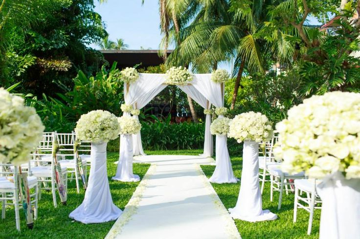 Take a look at this all white #garden wedding venue at #Anantara
