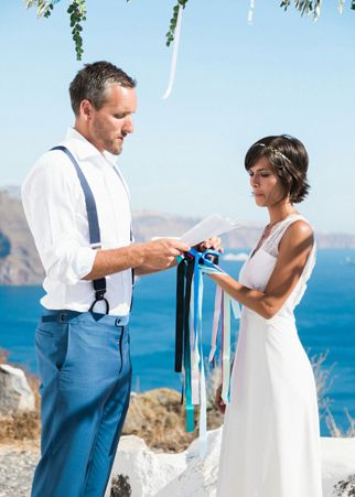 Santorini destination wedding | see more at http://fabyoubliss.com (40)
