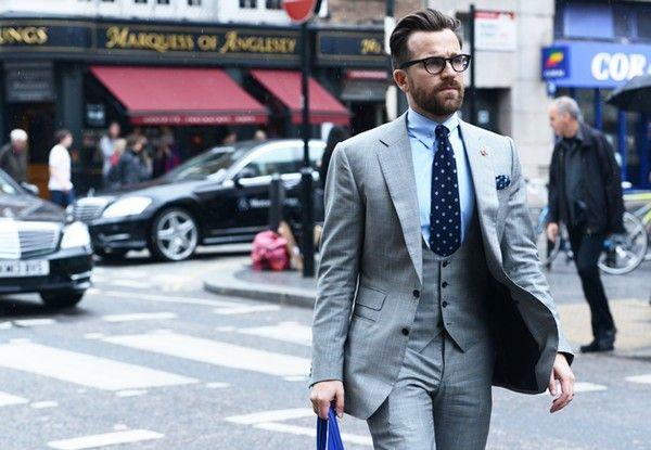 Cách phối màu đẹp giữa sơ mi nam với cravat