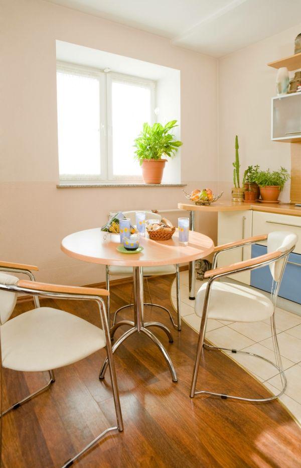 rundes tischdesign bequeme stühle