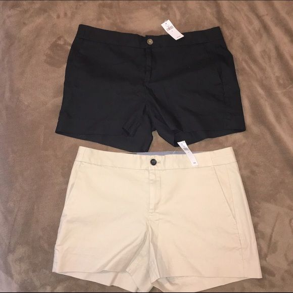 NWT Banana Republic Hampton Fit Shorts I have 2 NWT pairs of Banana Republic Hampton Fit Shorts, size 8. In colors black and khaki. Never worn. Buy 1 for $30 or both for $50. Smoke free home. Comment and let me know which color you want or if you want a great deal and buy both! Banana Republic Shorts