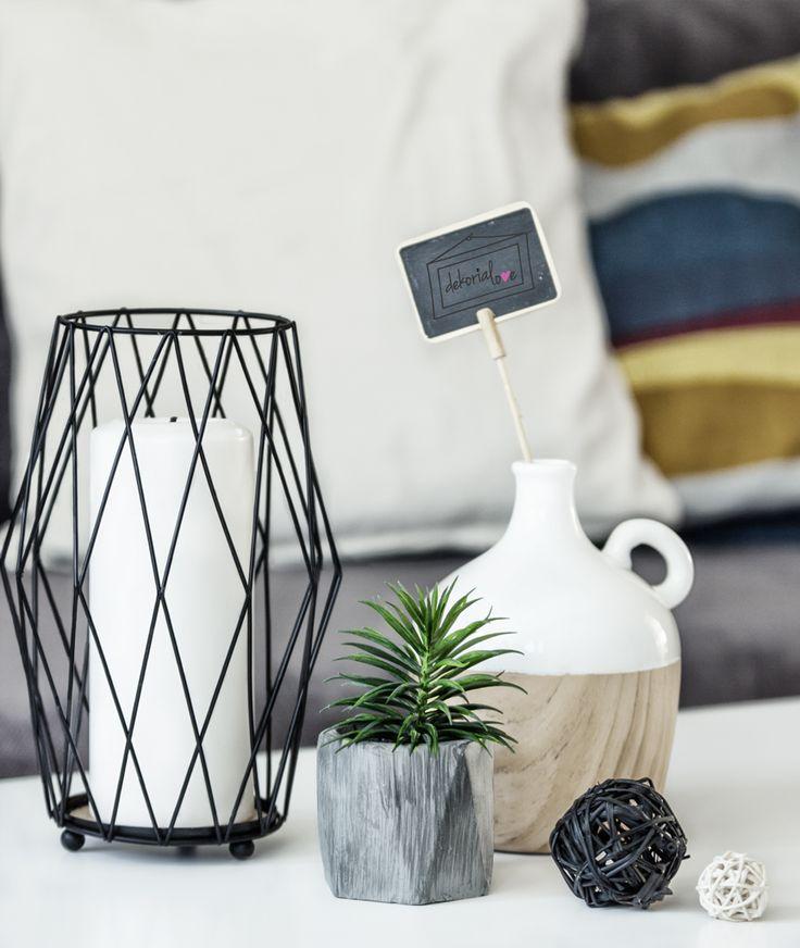 home staging, home, dekorialove, fotografia wnętrz, salon, living room, dekor, wazonik, dekoracje, aranżacja wnętrz, świecznik, dekoracje stolika