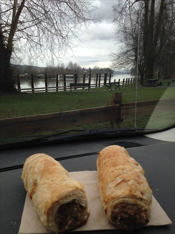 Lunch by the Fraser River , Fort Langley