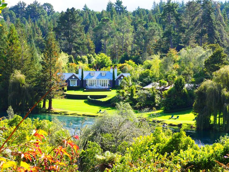 Huka lodge Lake Taupo