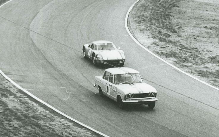 #Nissan #Skyline GT Number 41 Ahead of Porsche in 1964 Japan Grand Prix.