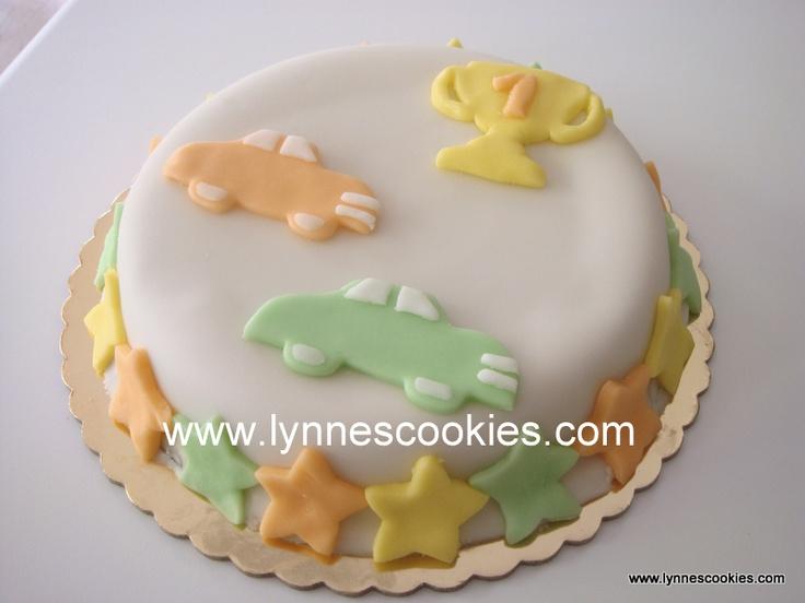 simple car cake