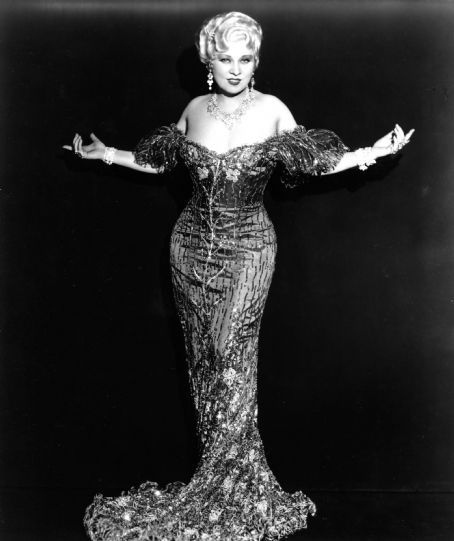 """""""I never worry about diets. The only carrots that interest me are the number you get in a diamond."""" – Mae West"""