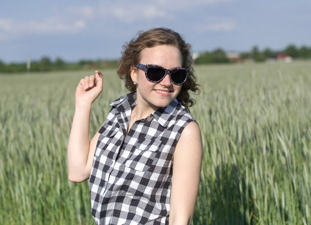 Andra's lifestyle #smile #spring #girl #photography #sunglasses