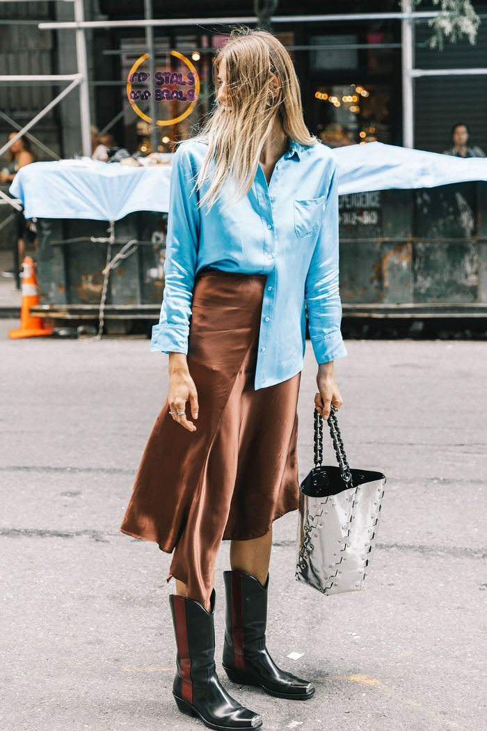 Want to learn how to tuck your shirt like a street style pro? Keep reading for our must-know tips.