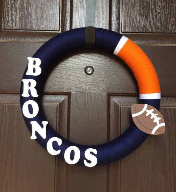 Broncos Yarn Wreath Broncos Wreath Denver by CarisasCollections